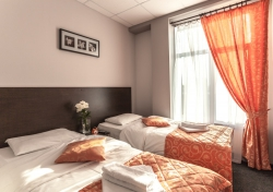 Гостиница 3 звезды «День и Ночь», Финляндская улица, 16 Колпино пригород Санкт-Петербурга