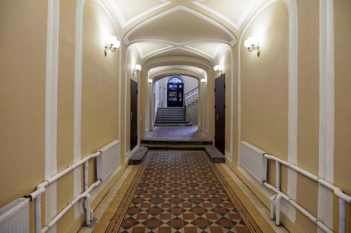 Гостиница «на Ломоносова 3», улица Ломоносова 3, метро Гостиный двор.